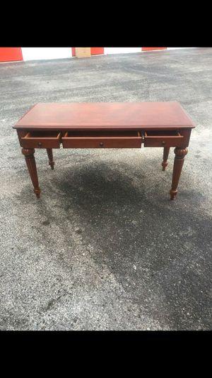 Desk for Sale in Sunrise, FL