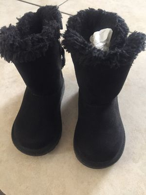Toddler boots size 5 1/2 for Sale in Cudahy, CA