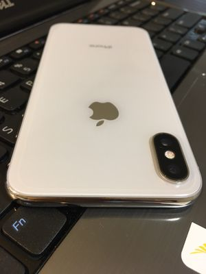IPHONE X 64GB CARRIER UNLOCKED (PRICE IS FIRM) for Sale in Washington, DC