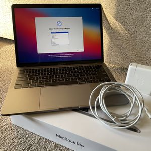 MacBook Pro 13inch 2018 for Sale in Aliso Viejo, CA