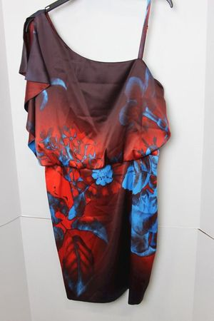 Jessica Simpson one shoulder dress Size 10 for Sale in Fort Leonard Wood, MO