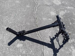"""Thule 4 bicycle 2"""" trailer hitch bike rack, like new. for Sale in Wesley Chapel, FL"""