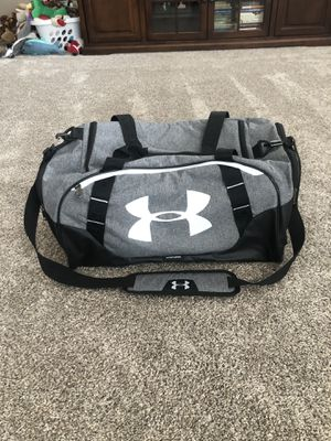 Under Armour Duffel Bag Size Medium New for Sale in Lockport, IL