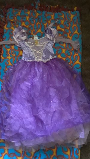 Rapunzel costume 7-8 for Sale in Castro Valley, CA