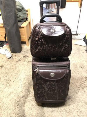 Suit case and carry on for Sale in Arroyo Grande, CA