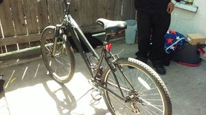 Schwinn mtn bike for Sale in Denver, CO
