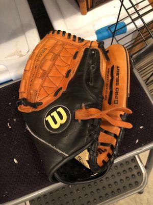 Softball Glove for Sale in Edgewood, WA
