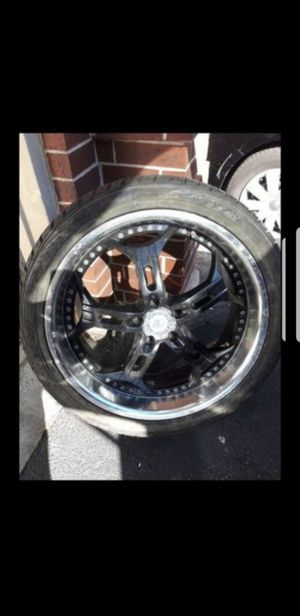 """22"""" Halo wheels and new tires 5X120 for Sale in Fontana, CA"""