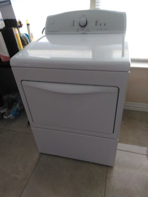 KENMORE ELECTRIC DRYER //////////////////////////////////// SECADORA ELÉCTRICA KENMORE for Sale in Forest Hill, TX