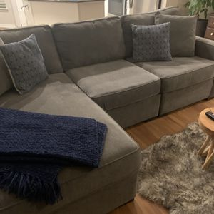 Sectional Sofa for Sale in Issaquah, WA