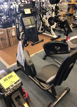 Exercise bike Golds Gym 400ri for Sale in Renton, WA