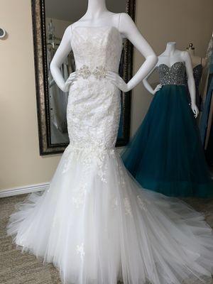 WEDDING DRESS BRIDAL GOWN for Sale in Laveen Village, AZ