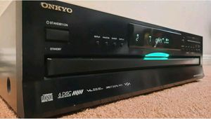 ONKYO DX-C390 6 Disc CD Changer for Sale in Bell Gardens, CA