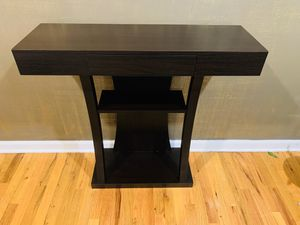 Console table for Sale in South Brunswick Township, NJ