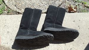 Womens EW boots size 6 for Sale in Springfield, IL