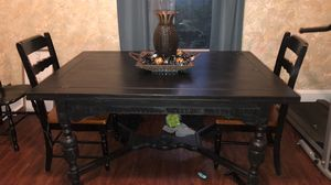 Antique dining room table!!!** for Sale in London, OH