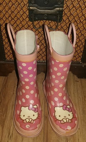 FREE GIRLS RAIN BOOTS SIZE MED 9/10 for Sale in Moreno Valley, CA