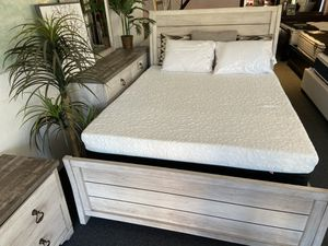 Queen farmhouse new bed frame 🎈🎈🎈 for Sale in Fresno, CA