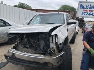 2008 GMC Sierra for parts PARTS ONLY for Sale in Dallas, TX