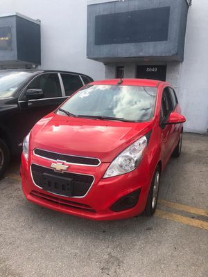 Chevy spark 2014 for Sale in Hialeah, FL