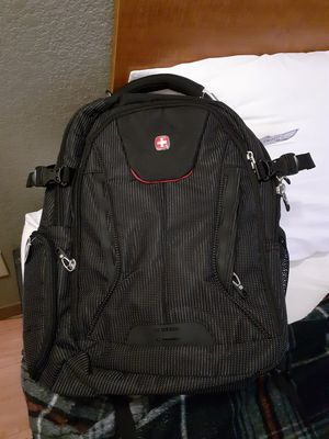 Swiss laptop backpack. With built in charging port. Retail 120 for Sale in Fort Worth, TX