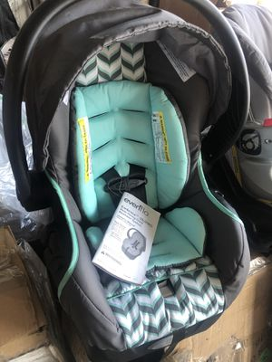 Evenflo Embrace 35/pro infant car seat for Sale in NV, US