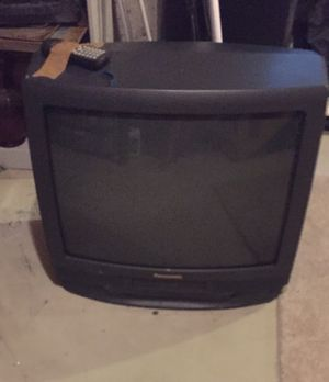 Panasonic tv with VCR for Sale in Wilmington, MA