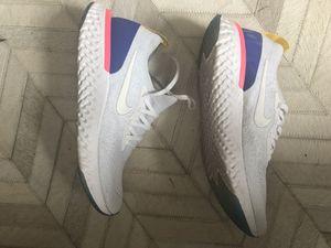 Nike Women's React sz 8 for Sale in Kirkland, WA