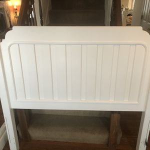 White Headboard and Footboard. Full Size for Sale in St. Louis, MO