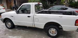 1997 ford ranger xl 4cyl 2.3L auto just smog cold ac clean title runs good one owner reg ok located in pomona has dents and dings normal wear for Sale in Pomona, CA