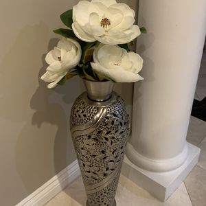 Silver Vase for Sale in Downey, CA