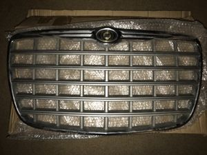 Chrysler 300 grille and headlights for Sale in Detroit, MI