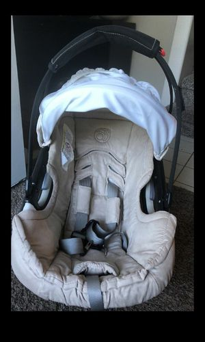 Orbit car seat for Sale in Orlando, FL
