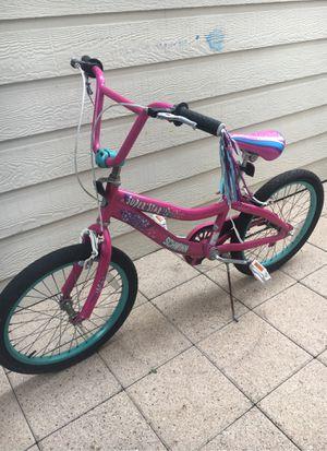 Bicicleta en muy buenas condiciones for Sale in Houston, TX