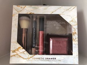 Body Collection Compact Brush Set for Sale in Schaumburg, IL