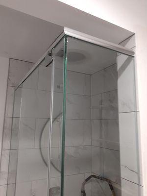 Frameless shower doors for Sale in Bellflower, CA