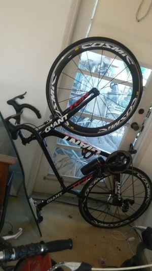 Giant Advanced SL carbon fiber road bike 21inch frame 21inch for Sale in Oakland Park, FL