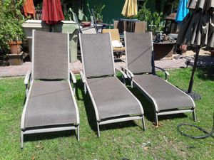 3 pool chairs for Sale in Glendale, AZ