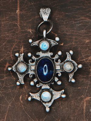 Rare 1900 Moonstone & Lapis Lazuli Sterling Silver Celtic Cross for Sale in San Francisco, CA