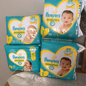 Pampers Size 1/2 for Sale in Cicero, IL