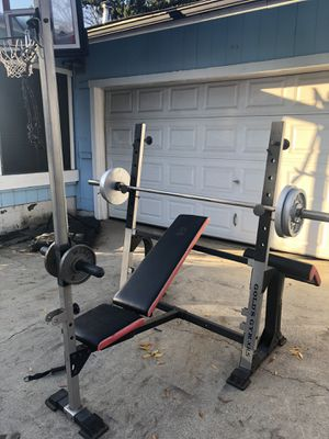 GOLDS GYM Weight Bench/Rack for Sale in Modesto, CA