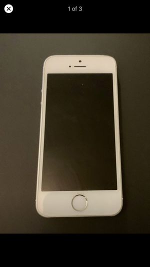 iPhone 5 SE (Unlocked) for Sale in East Providence, RI