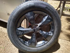 225 60 r 18 4 tires and rims for Sale in Tijuana, MX