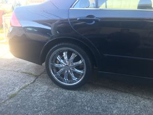 18 in chrome rims and nice 225/40 zr 18 tires 5x114.3. Universal fit Honda accord for Sale in Tacoma, WA