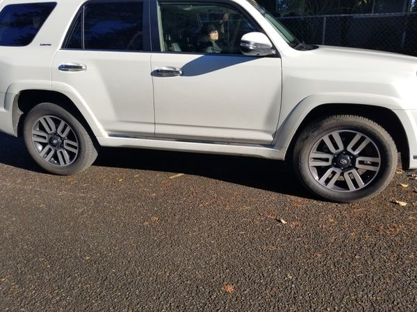 Original toyota 4runner 2018 limited rims and tires