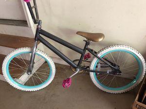 Girls 20 inch bike for Sale in Cumming, GA
