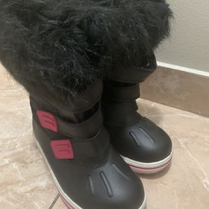 Girls Winter Boots, Size 12 for Sale in Weston, FL