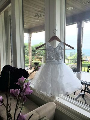 White dress for flower girl, dance, etc- 4/5 T for Sale in Vancouver, WA