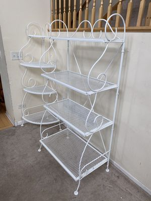 White Metal Foldable 4 Shelf Scroll Baker's Rack and Corner Rack for Sale in Romeoville, IL