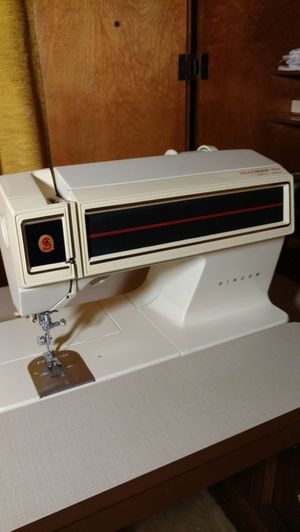 Singer 2001 touch tronic sewing machine for Sale in Grosse Pointe, MI